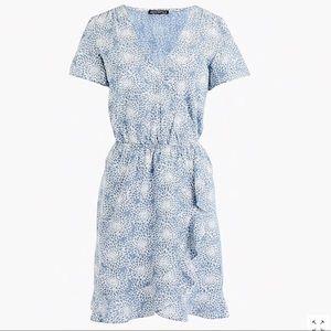 J. Crew Factory Dresses - 🆕 printed chambray ruffle faux-wrap dress